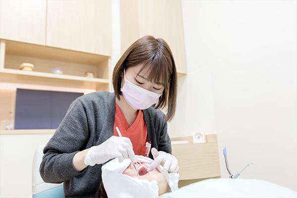 歯科医院で受けられる専門的なクリーニングです